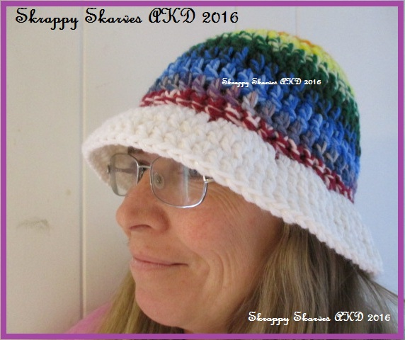 8-two-strand-rainbow-hat-3